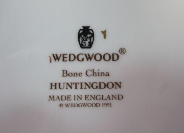 ウェッジウッドWedgwood  アルクール(ハンティングドン)  B&B ブレッド&バター スクエア プレート